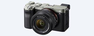 Alpha 7C Spiegellose E-Mount Vollformat-Digitalkamera ILCE-7C (24,2 MP, 7,5cm (3 Zoll) Touch-Display, Echtzeit-AF, 5-Achsen Bildstabilisierung)